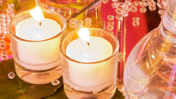 Espelmes en vasets per il.luminar bodes