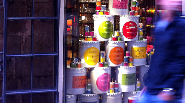 Paint-Can-Candles-Display