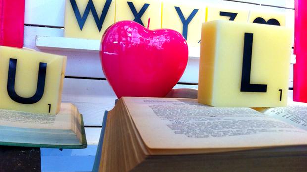 Espelma cor i espelmes lletres