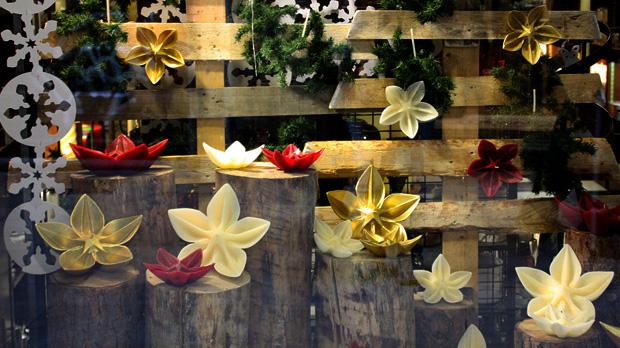 Velas como Flores de Navidad